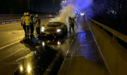 Lamborghini owner considers taking legal action against dealership after Gallardo fire