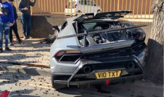 Watch: Driver destroys Lamborghini Huracan on way home from supercar demo
