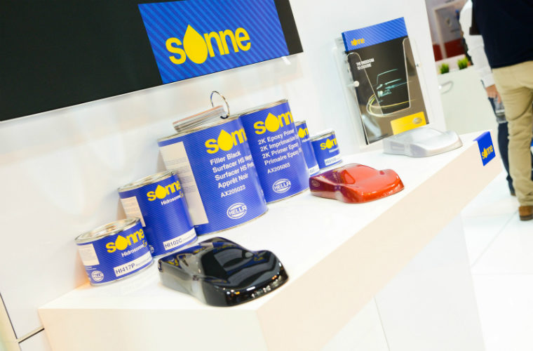 HELLA launches technical support service for aftermarket bodyshop customers