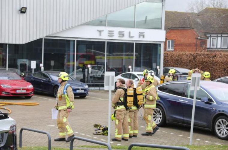 """Tesla dealership destroyed by """"accidental"""" fire"""