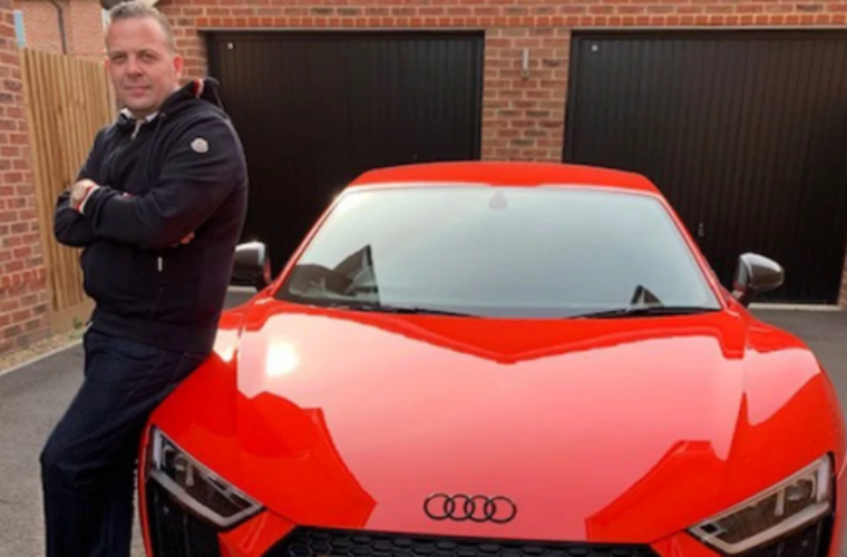 Audi R8 owner finds hidden graffiti following dispute with dealership over repairs