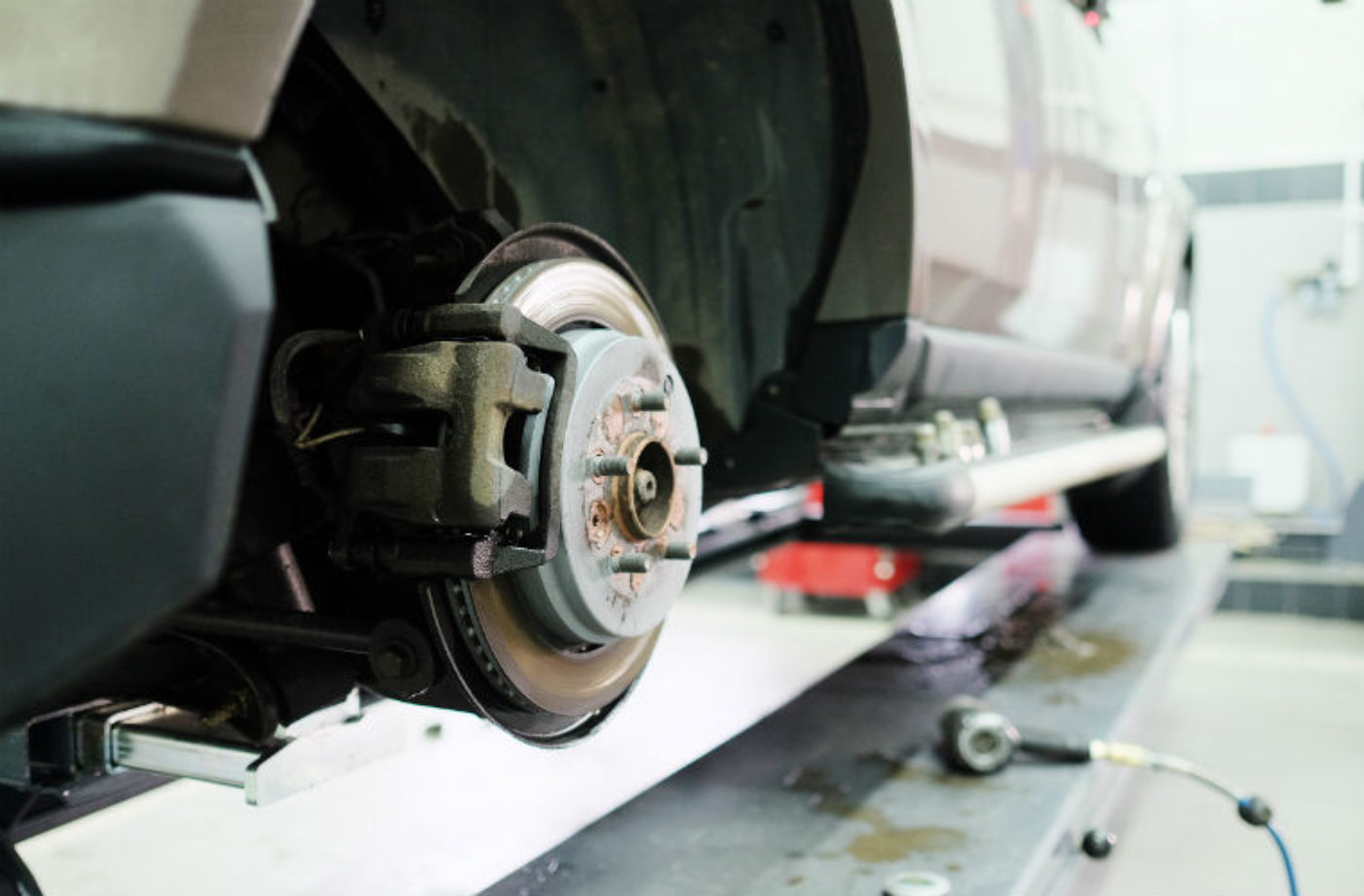 Eighteen per cent of motorists admit to driving car in need of repair