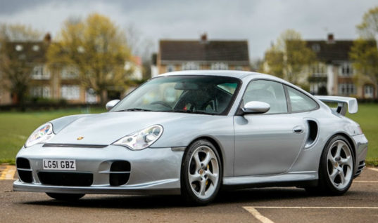 Watch: How to program control modules on Porsche 996