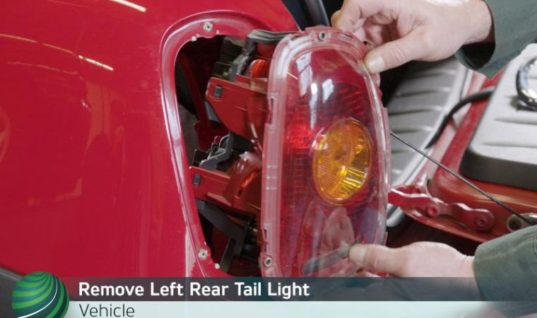 Watch: step-by-step guide for filling Mini R57 convertible top hydraulic fluid