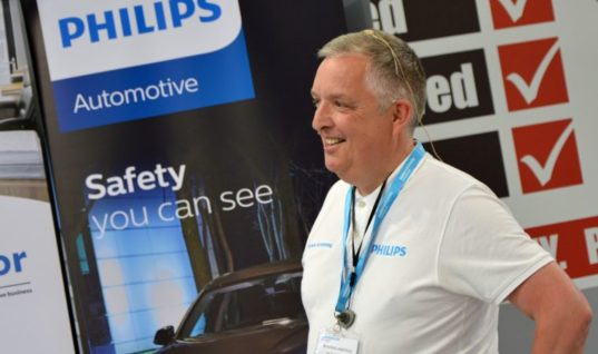 Lumileds' Philips brand unveiled as OESAA member at Automechanika