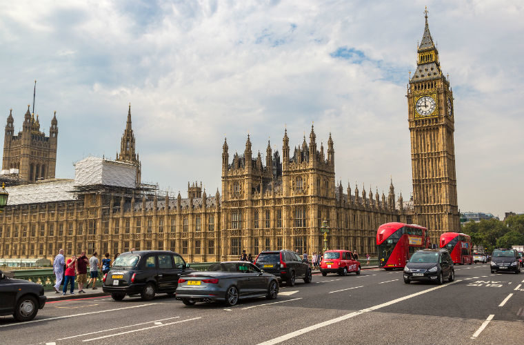 Government's car fleet to be entirely electric by 2030