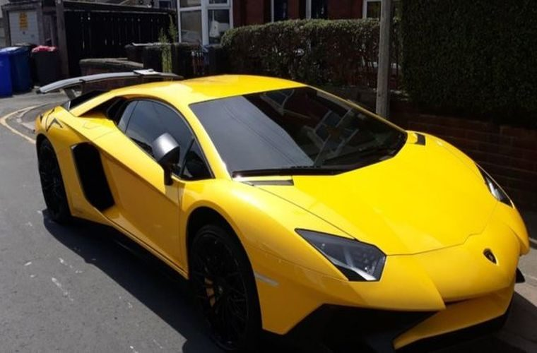Man picks up uninsured confiscated vehicle in Lamborghini – also uninsured