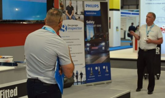 Lumileds and The Garage Inspector launch Philips lighting video series