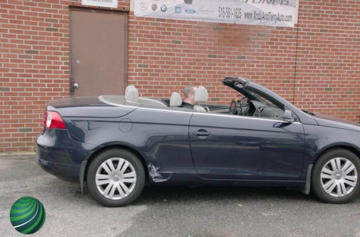 Watch: Checking VW Eos convertible top switch position using Autologic DrivePRO