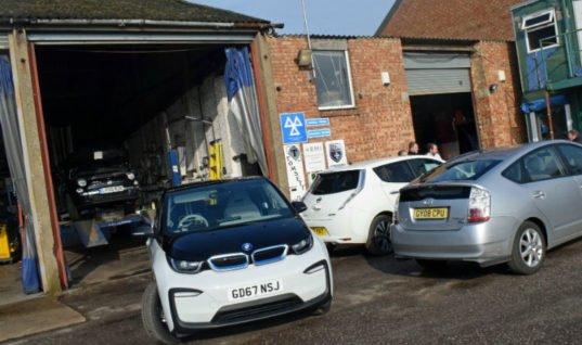 Reader email: MOT tester and trainer lists concerns about electric and hybrid vehicles
