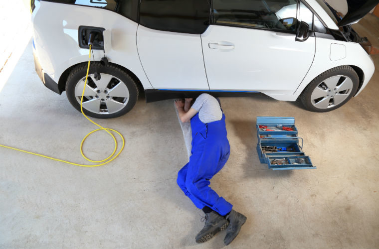 The Motor Ombudsman highlights EV-friendly workshops with new Garage Finder feature
