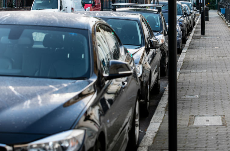 Cars and vans driven an hour a day in England, report finds
