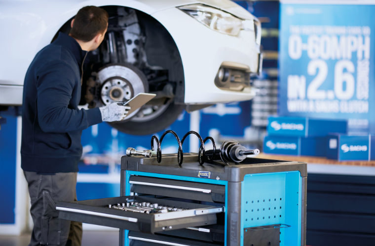 Repair investment prompts 3.8 million owners to keep their car for longer