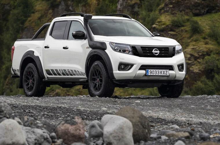 Nissan reveals new Navara Off-Roader AT32