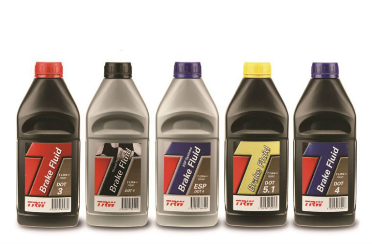 Garages urged to remind drivers on importance of changing brake fluid