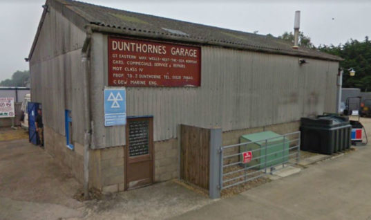 Garage customer demands compensation for car theft