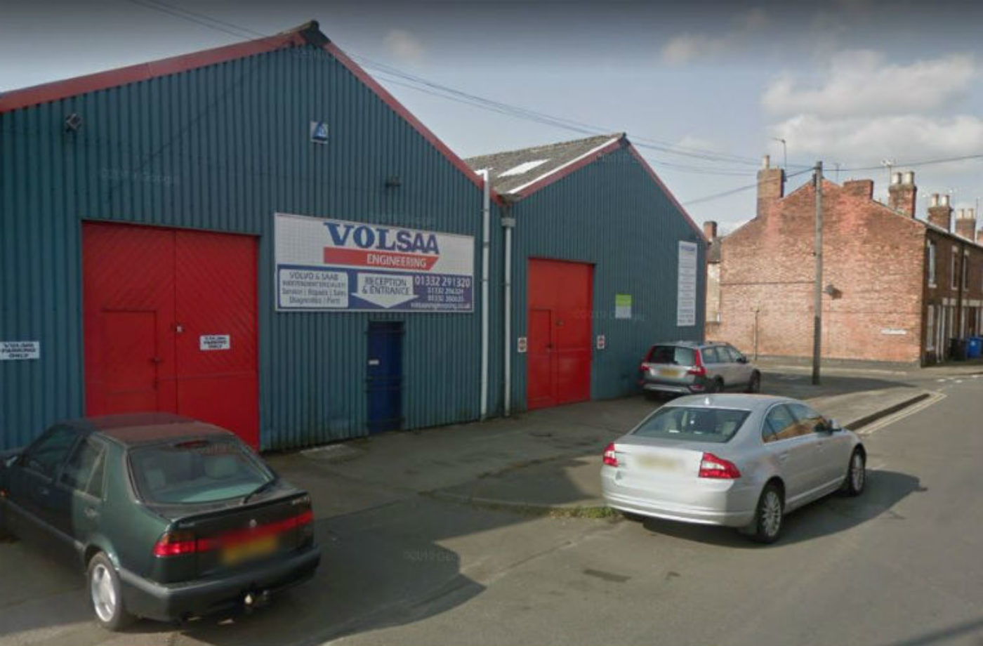 Council yet to act on garage pleas to ease school pick-up congestion outside workshop