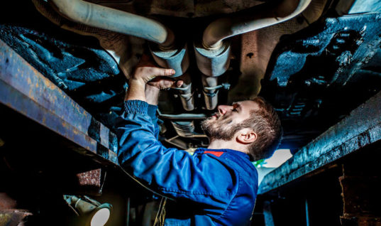 Garages asked to encourage customers to bring MOT test forward ahead of autumn rush