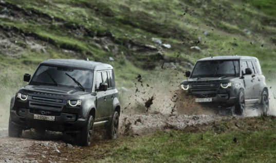 Watch: Land Rover shows off its new Defender capabilities on James Bond set