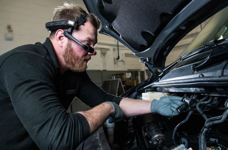 VW technicians get augmented reality headsets for commercial vehicle repairs