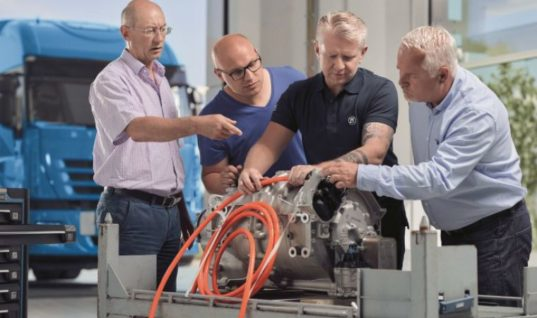 ZF Aftermarket expands high-voltage training program