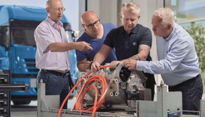 ZF Aftermarket expands high-voltage training program