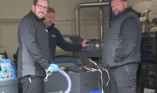 Watch: Leeds Garage given approved Carbon Clean Centre status