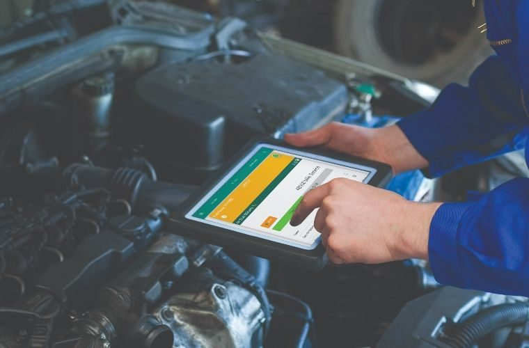 Cloud-based garage management software from £25