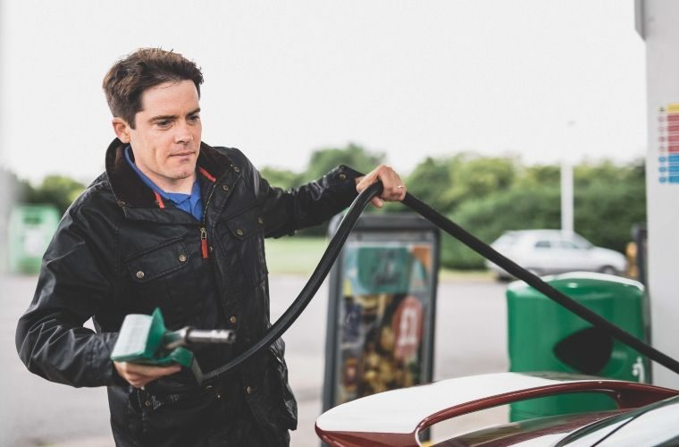 Government isn't 'anti-car', Transport Secretary insists
