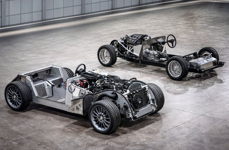 Video: Last steel chassis Morgan rolls off the line after 84 years in production