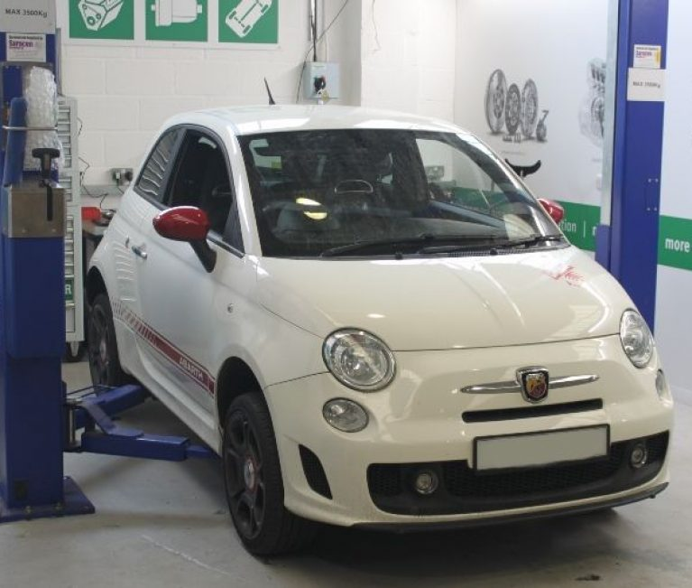 Guide: Fiat 500 Abarth clutch replacement