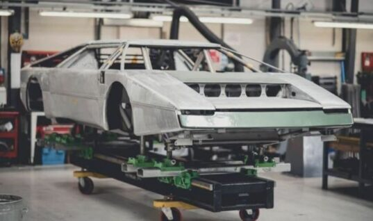 Shropshire garage takes on Aston Martin Bulldog restoration