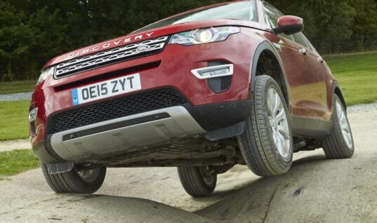 Delphi first to market new Land Rover Discovery Sport and Range Rover Evoque brake pads