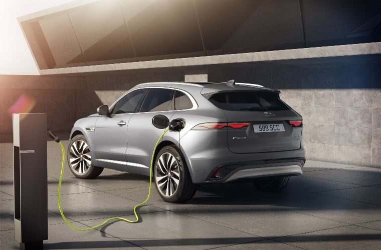 Updated Jaguar F-Pace details released