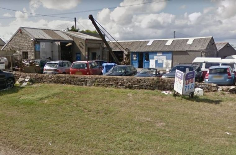 Customer thanks garage owner for saving his life