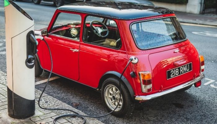 British firm launches classic Mini electrification kit