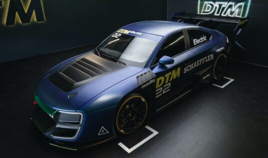 Schaeffler helps shape electric future for DTM touring car series