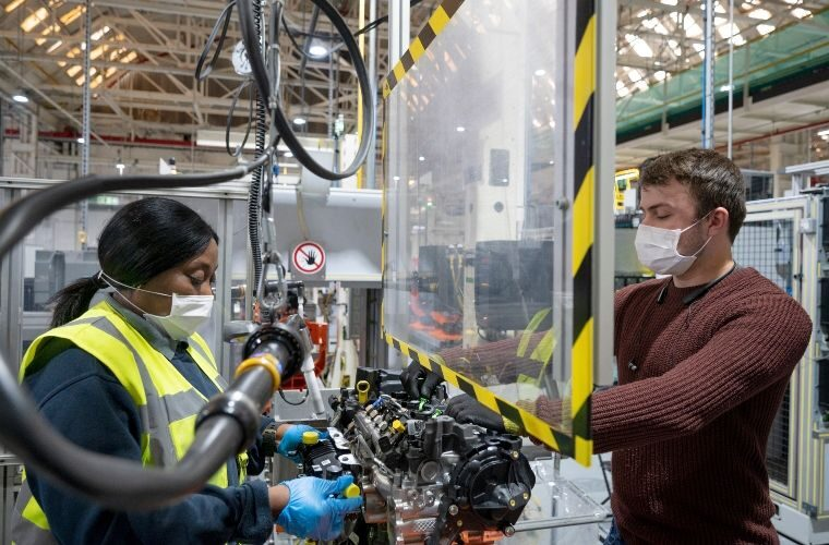 UK car production slumps to lowest total since 1984