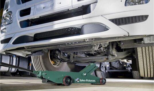 New Sykes-Pickavant ten tonne air hydraulic trolley jack