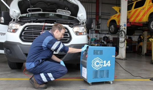 Save over £700 on engine carbon cleaning machine