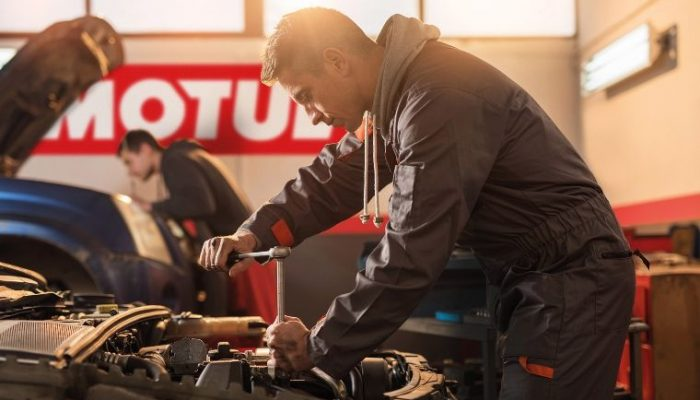 Motul cap and t-shirt prize draw