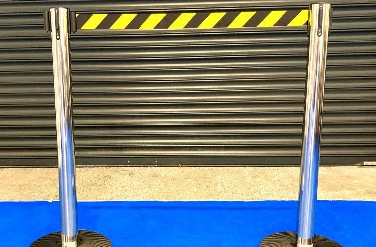 Retractable belt barrier from Prosol