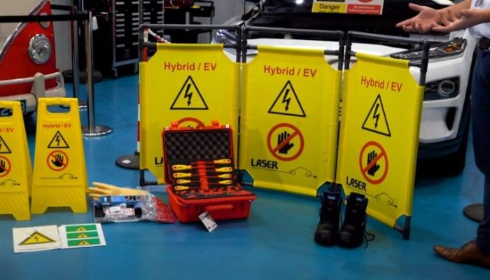 Laser Tools video talks roadside safety and recovery