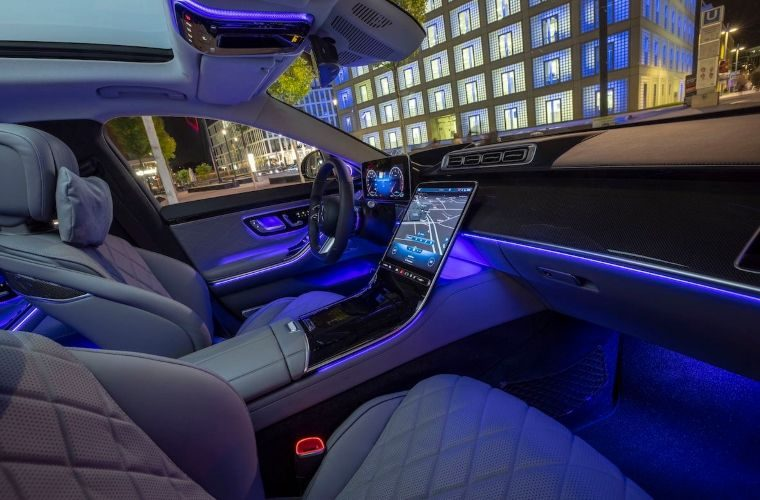 HELLA creates 'perfect ambience' for luxury class limousine
