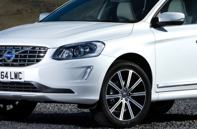 Volvo to issue recall over seatbelt concerns